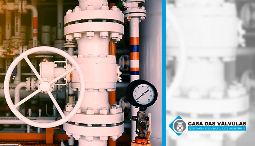 Qual o papel das válvulas de controle usadas na indústria química?